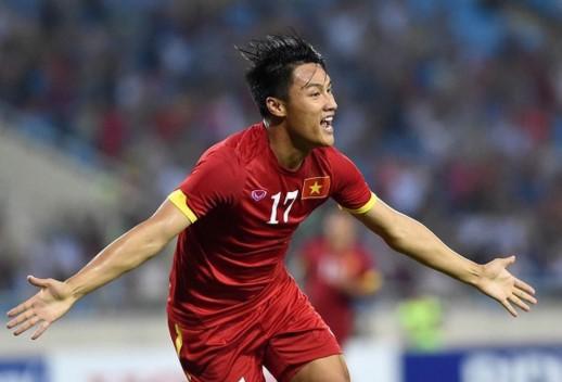 Mạc Hồng Quân là cái tên khá quen thuộc với người hâm mộ bóng đá Việt Nam.
